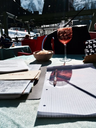 spritz-in-the-sun-in-the-mountains