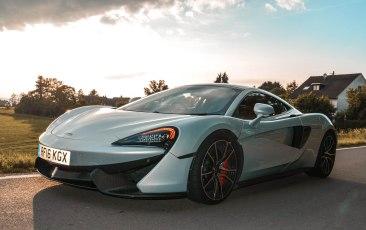570 GT (48 of 71)