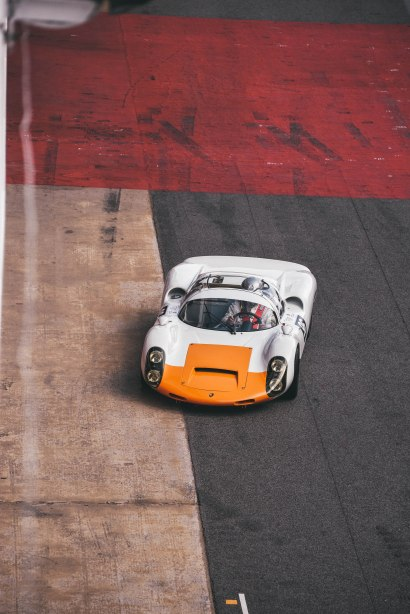 Porsche 910-12