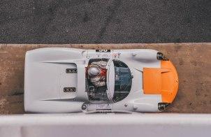 Porsche 910-16