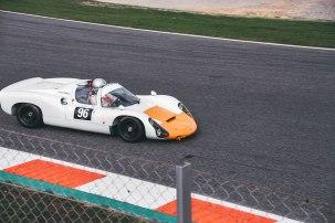 Porsche 910-17