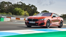 BMW 8 Coupe social 096