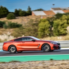 BMW 8 Coupe social 065