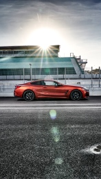 BMW 8 Coupe social 004