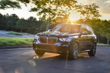 BMW X5 M50d 027
