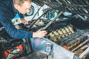 BMW_Ascari_M1Procar_Technicians_11.-12.3.19_9442