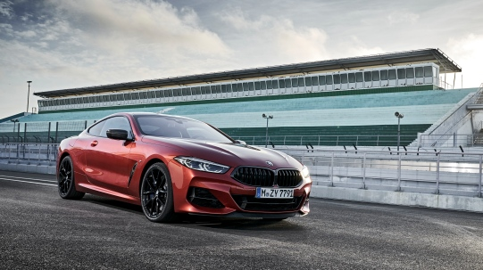 BMW 8 Coupe social 109