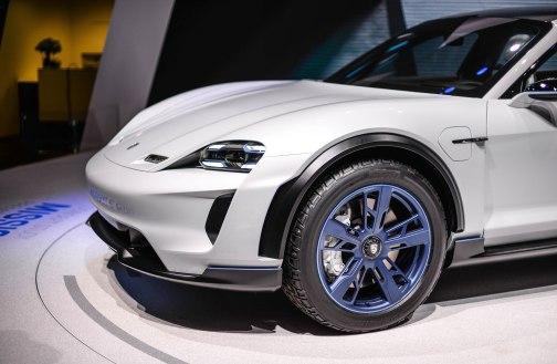 Porsche Mission E (10 of 16)