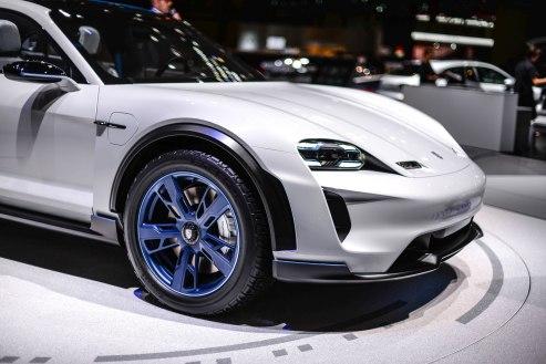 Porsche Mission E (3 of 16)